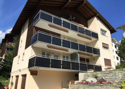 PV Geländer Mehrfamilienhaus
